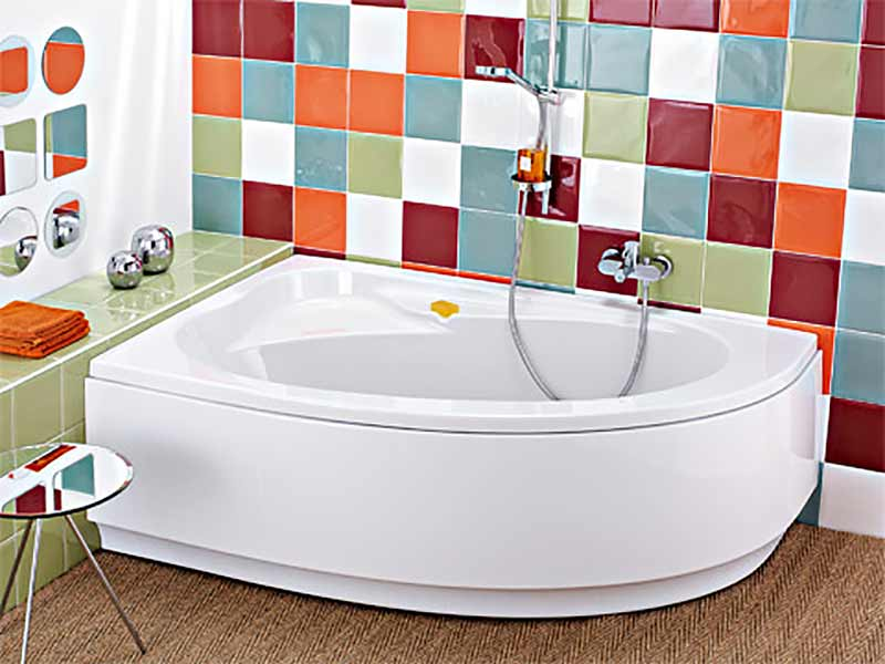 Baignoire d 39 angle allia pepita atout kro for Baignoire salle de bain tablier