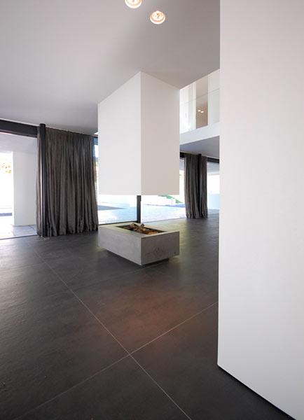 Carrelage interieur gigacer concrete atout kro for Carrelage interieur moderne